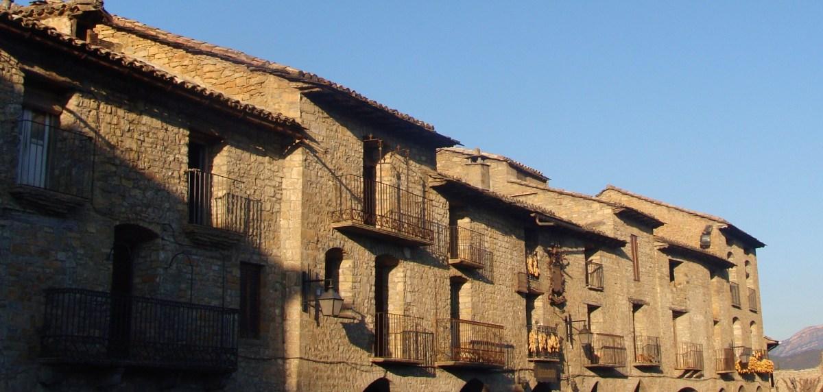Huesca i la a nsa o l a nsa for Oficina turismo ainsa